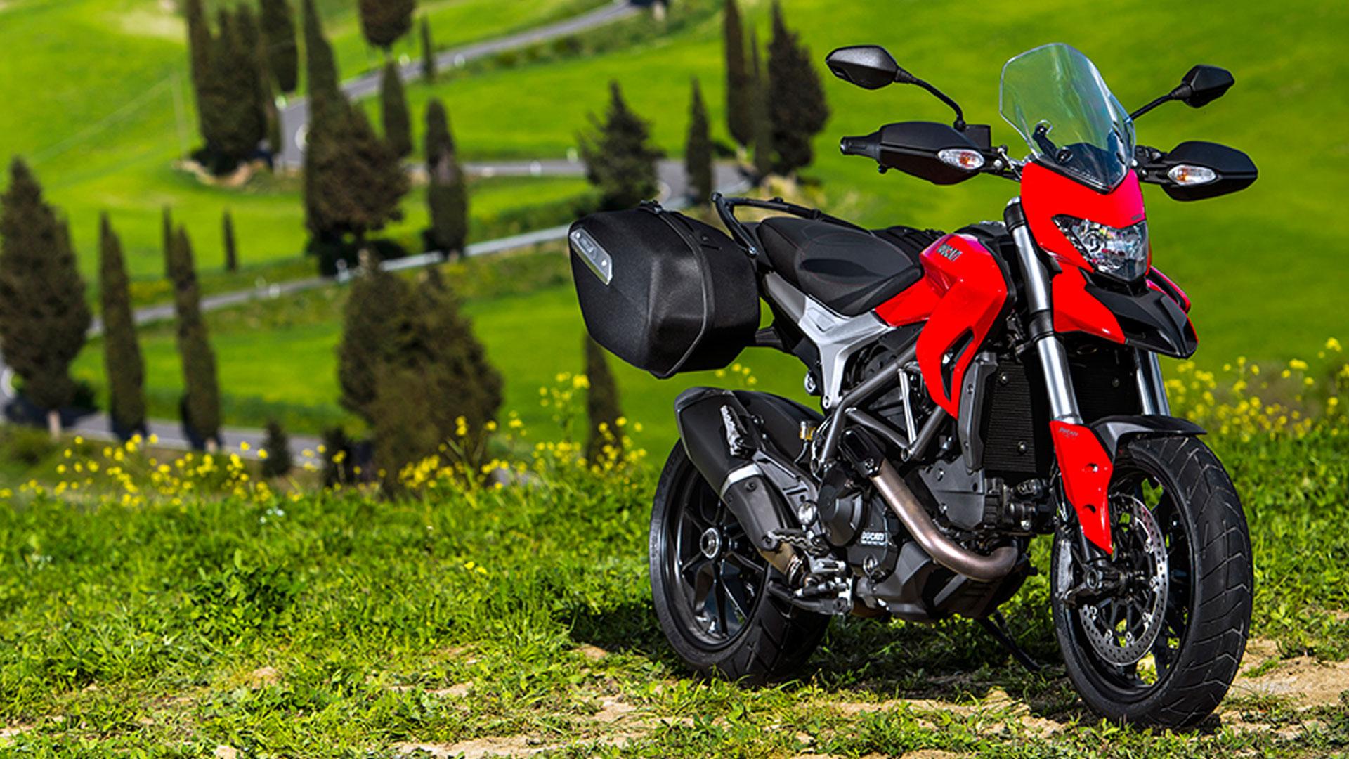 Ducati Hyperstrada 2015 STD