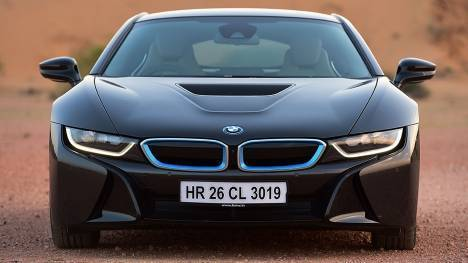 BMW i8 2015 STD Comparo
