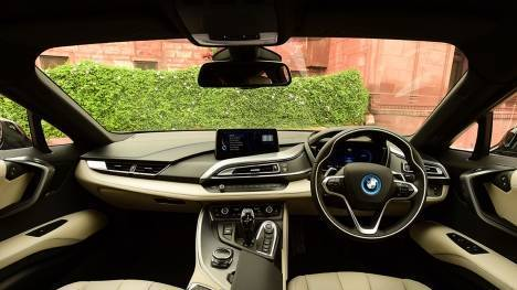 BMW i8 2015 STD Interior