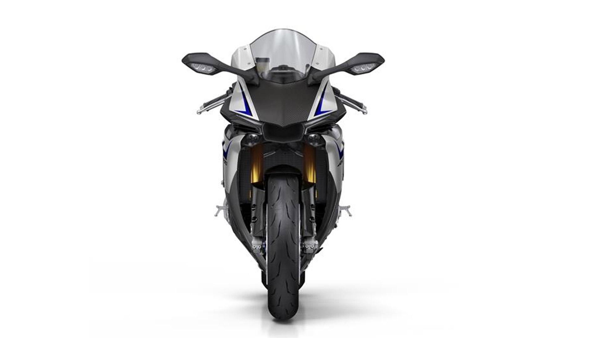 Yamaha YZF-R1 2015 M Compare