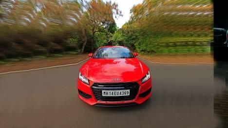 Audi TT 2015 45 TFSI Comparo