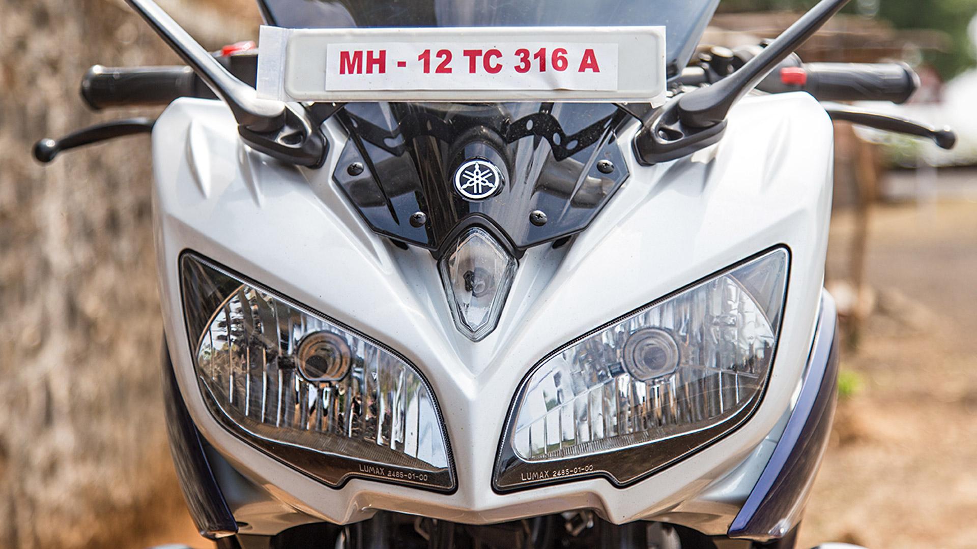 Yamaha Fazer 2014 FI version 2.0 Exterior