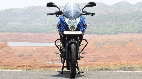 Bajaj Pulsar AS150 2017 STD Comparo