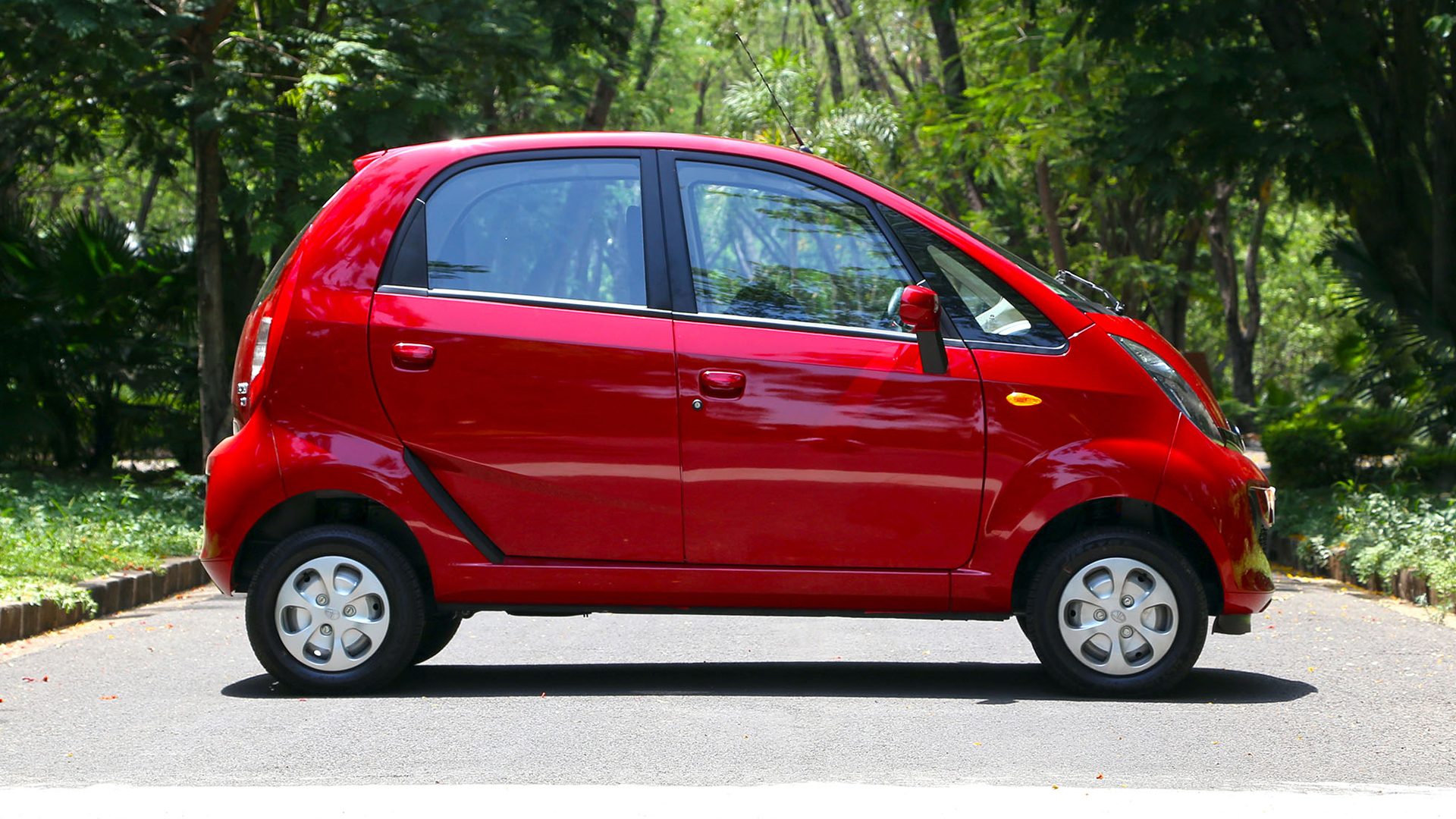Tata Nano 2015 XE - Price, Mileage, Reviews, Specification ...
