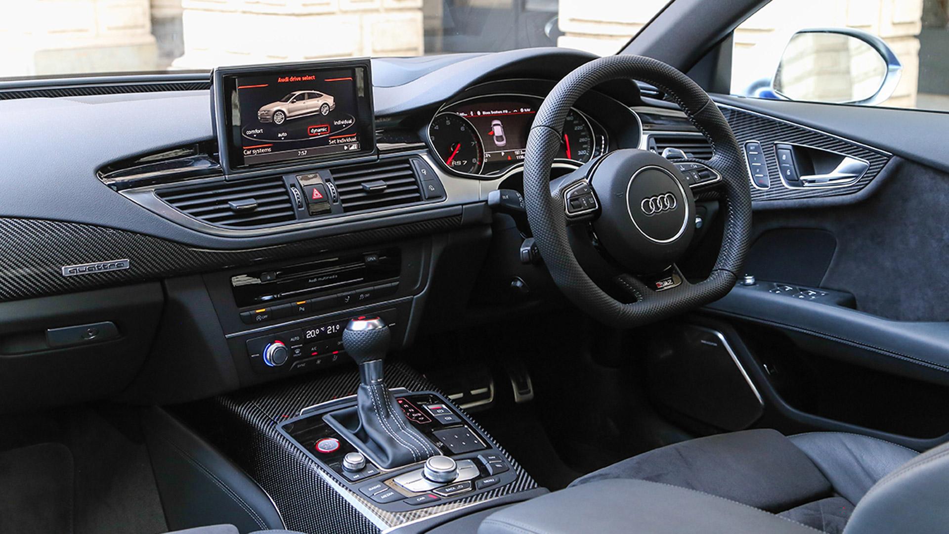 Audi RS7 2015 STD Interior Car s Overdrive