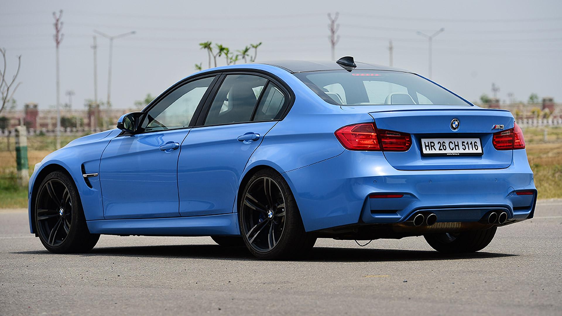 BMW M3 Sedan 2015 STD Compare