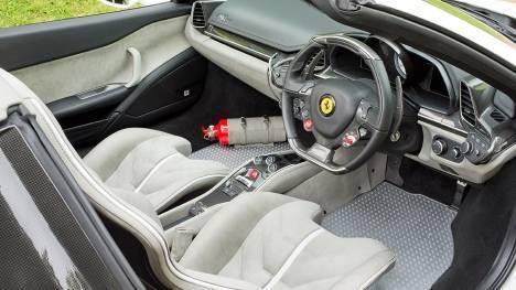 Ferrari 458 2015 Speciale Interior