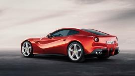 Ferrari F12 Berlinetta 2015 STD Compare