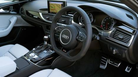 Audi RS 6 Avant 2015 STD Interior