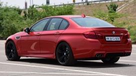 BMW M5 2014 STD Compare
