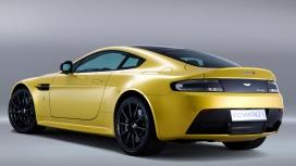 Aston Martin Vantage V12s 2013 STD Compare