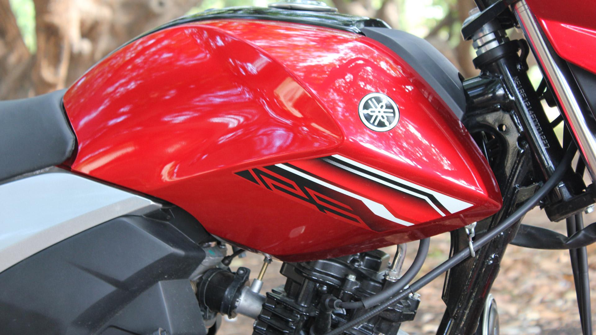 Yamaha Saluto 2015 Std