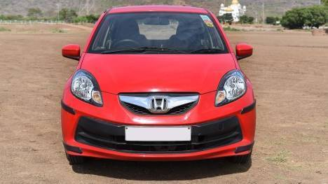 Honda Brio 2016 VX AT Comparo