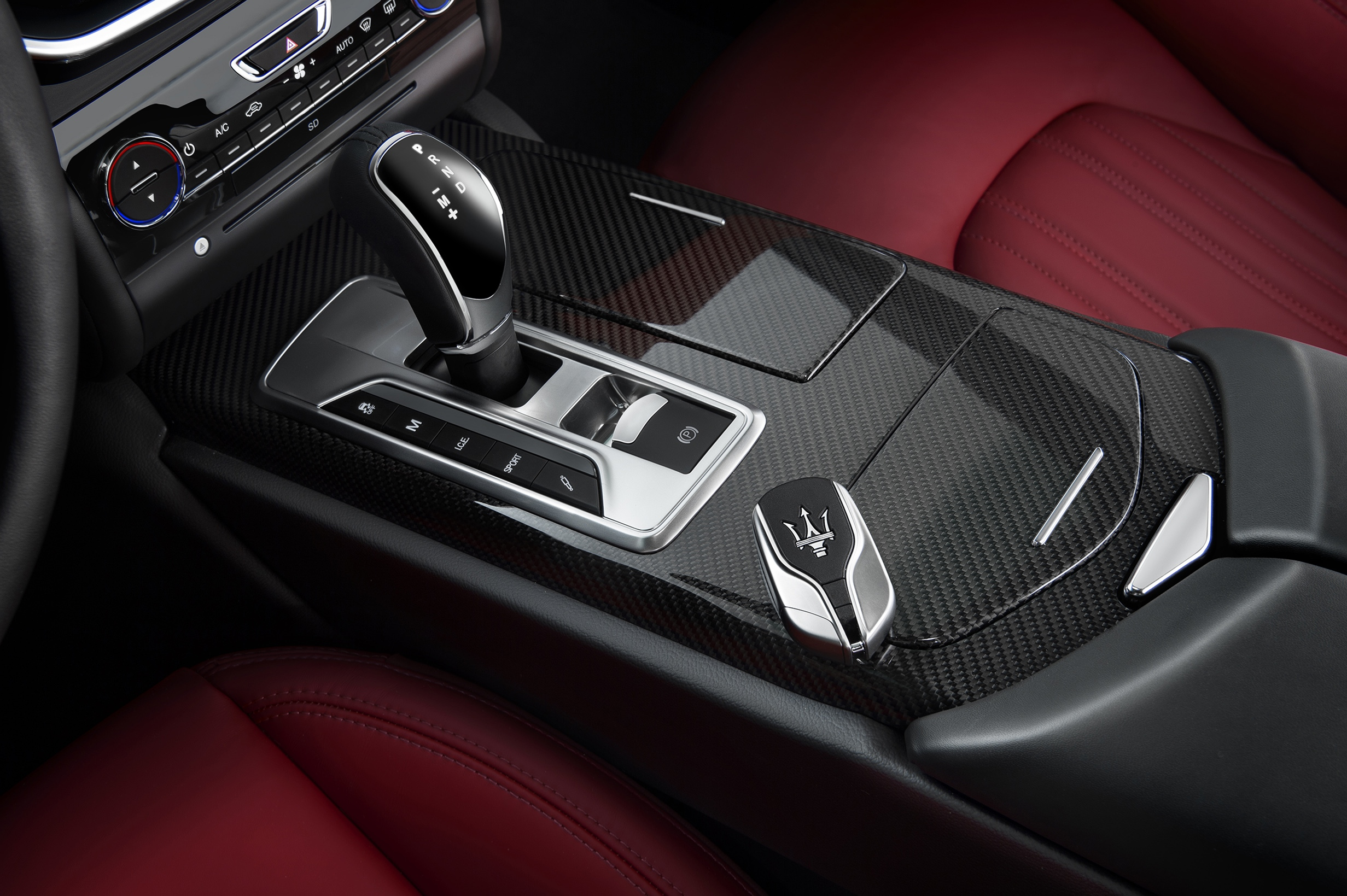 Maserati Ghibli 2015 STD Interior