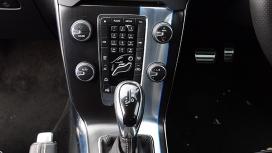 Volvo V40 2015 D3 R Design Interior