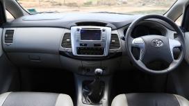 Toyota Innova 2015 2.5G 7 Seater Interior