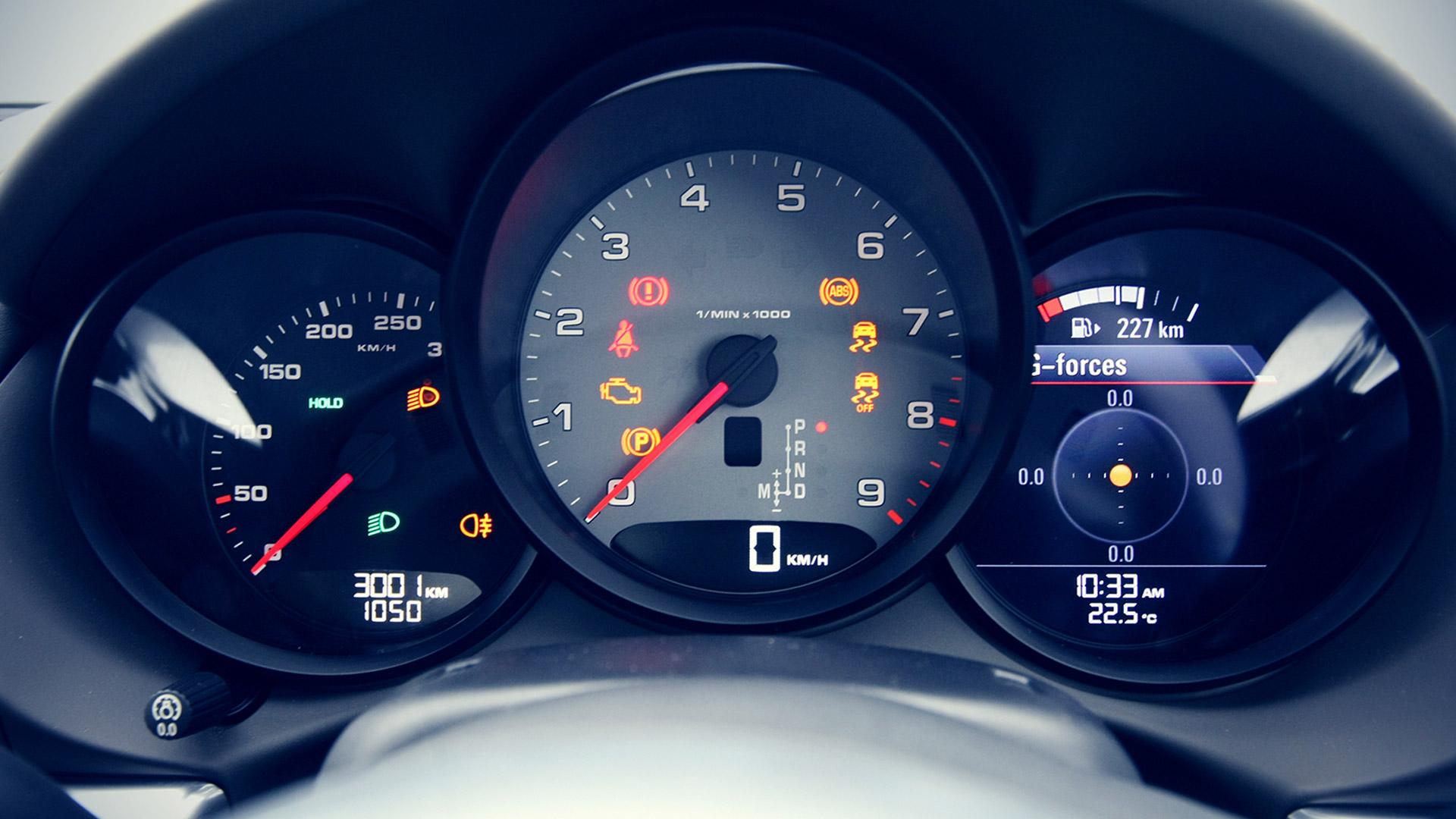 Porsche Cayman 2015 S Interior