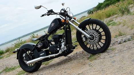Regal Raptor Bobber 2015 STD Comparo