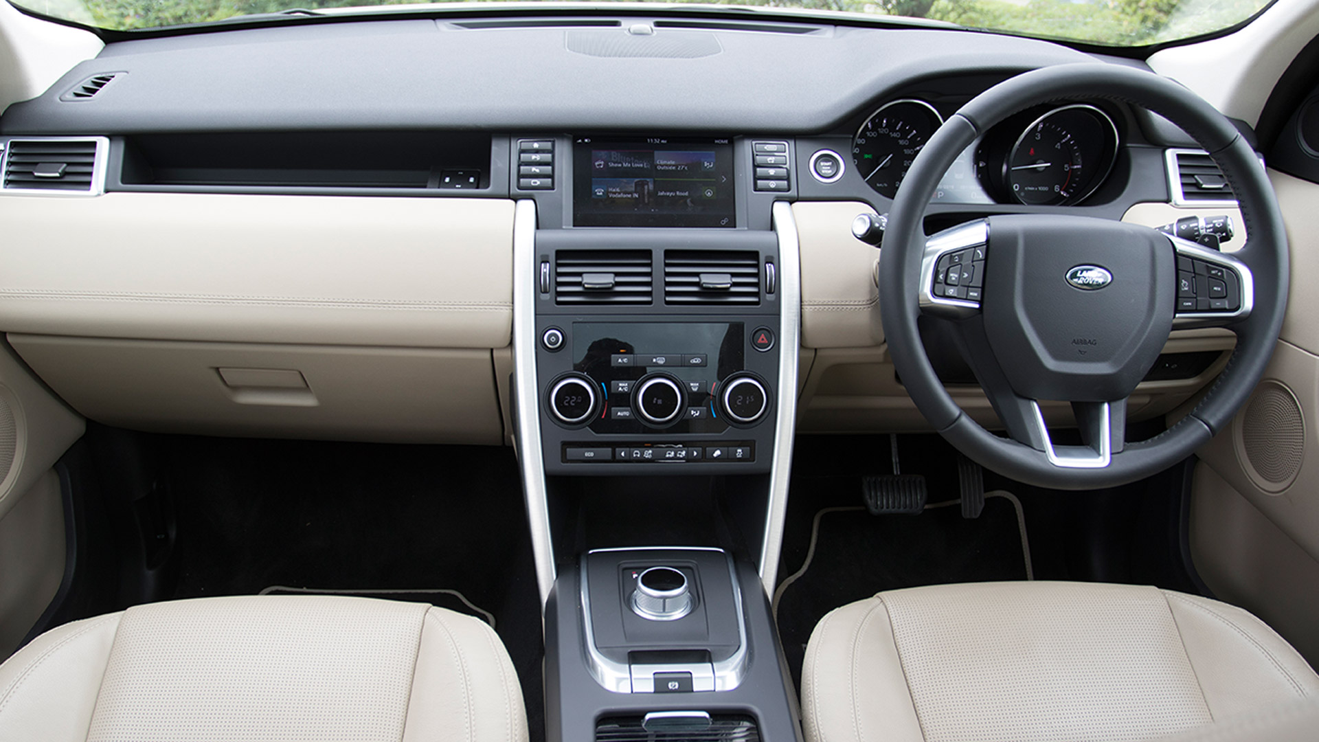 Land Rover Discovery Sport 2015 HSE Interior