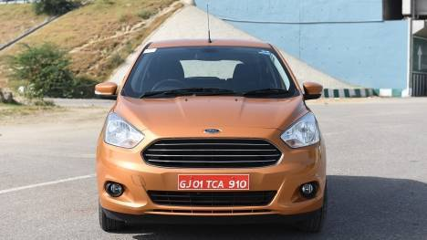 Ford Figo 2017 1.5 Diesel Sports Edition  Comparo