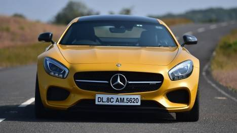 Mercedes-Benz AMG GT 2015 S Comparo