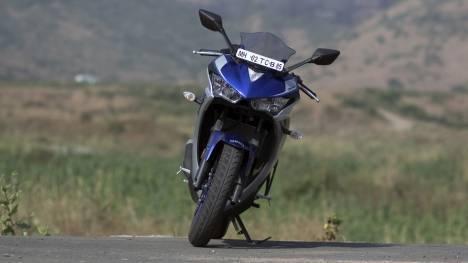 Yamaha YZF-R3 2015 STD Comparo