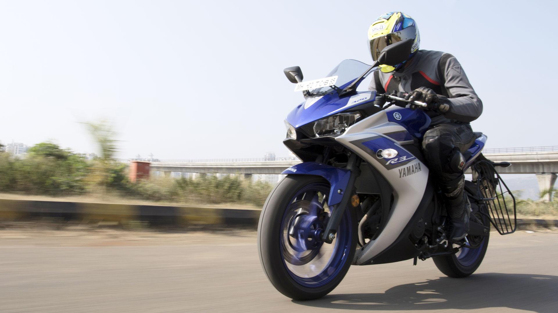 Yamaha YZF-R3 2015 STD