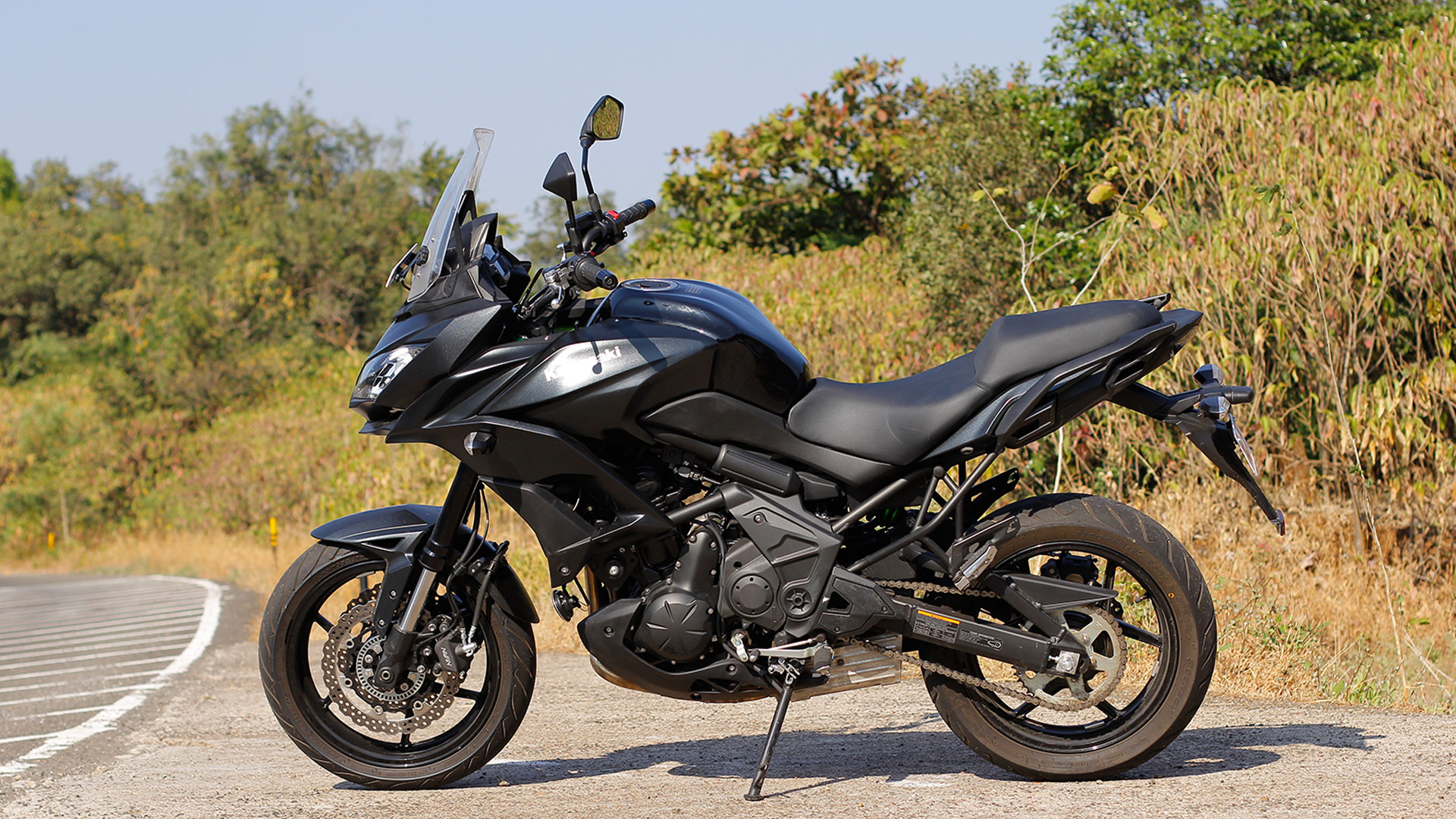 kawasaki versys 650 2016 price mileage reviews specification gallery overdrive. Black Bedroom Furniture Sets. Home Design Ideas