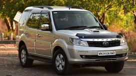 Tata Safari Storme 2016 VX BS4 4x4 Compare