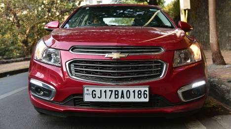 Chevrolet Cruze 2016 AT- LTZ Comparo