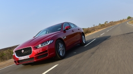 Jaguar XE 2016 Pure Exterior