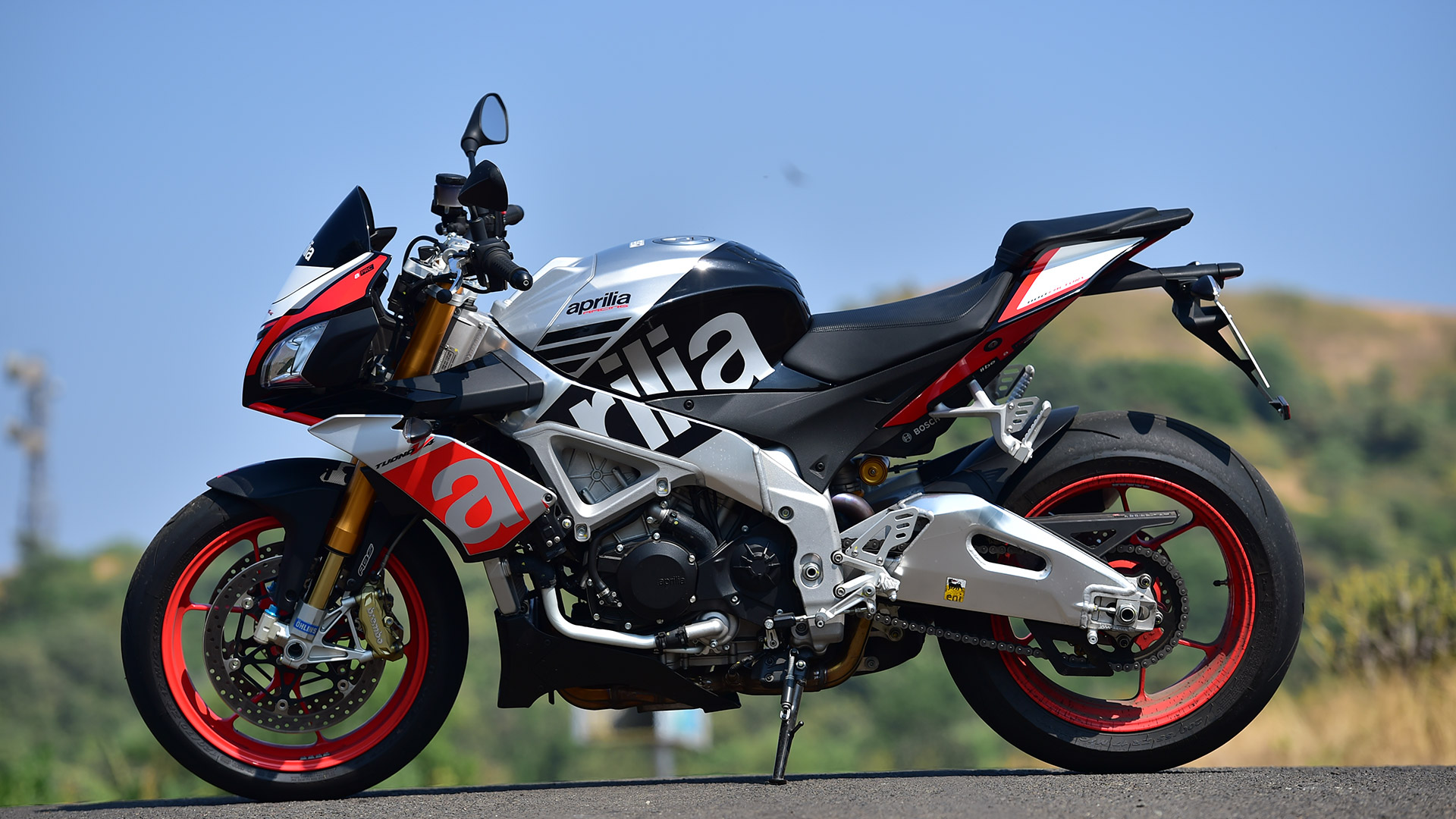 Aprilia Tuono 2018 Price Mileage Reviews