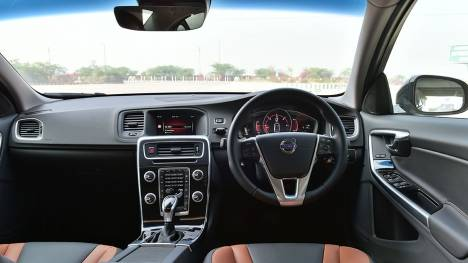 Volvo S60 Cross Country 2016 Inscription	 Interior