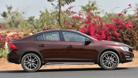 Volvo S60 Cross Country 2016 Inscription Exterior