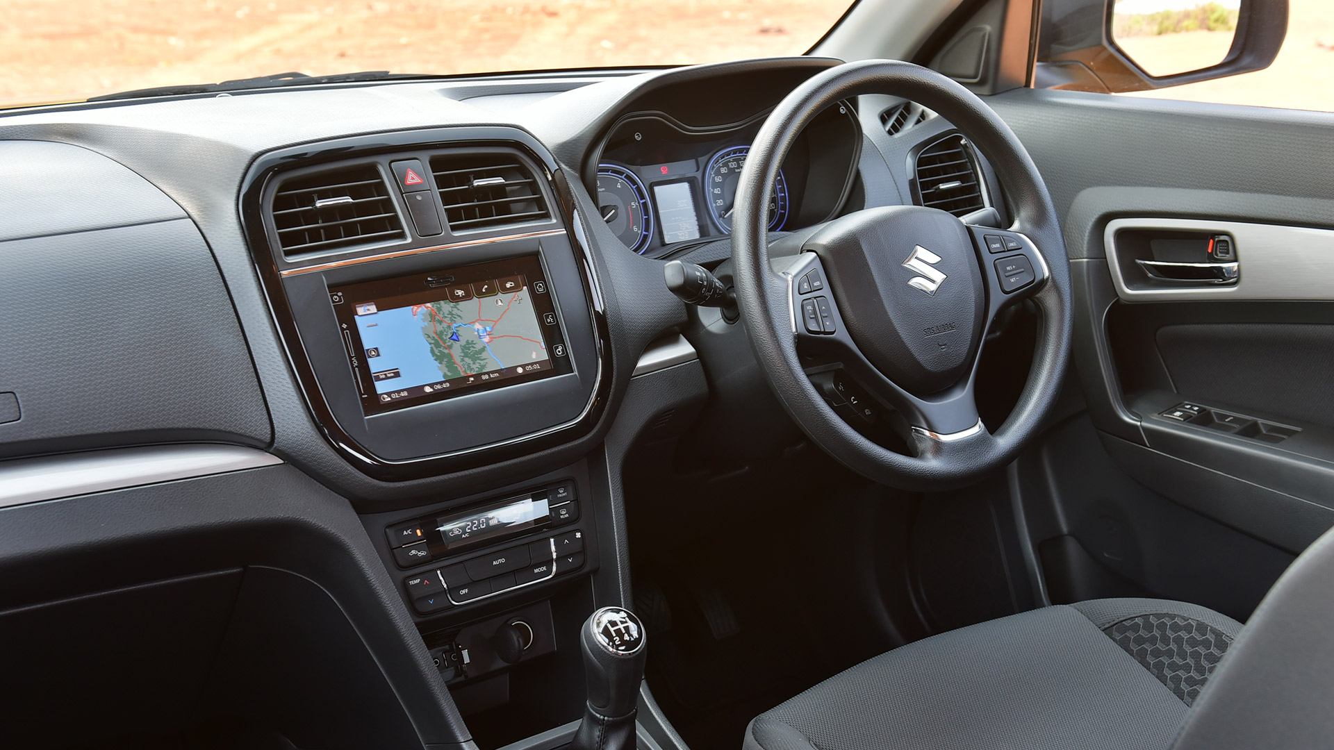maruti suzuki vitara brezza 2016 zdi dual tone price mileage reviews specification. Black Bedroom Furniture Sets. Home Design Ideas