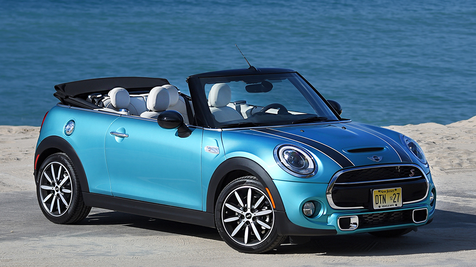 mini cooper 2016 convertible price mileage reviews specification gallery overdrive. Black Bedroom Furniture Sets. Home Design Ideas