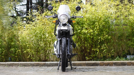 Royal Enfield Himalayan 2016 Std Comparo