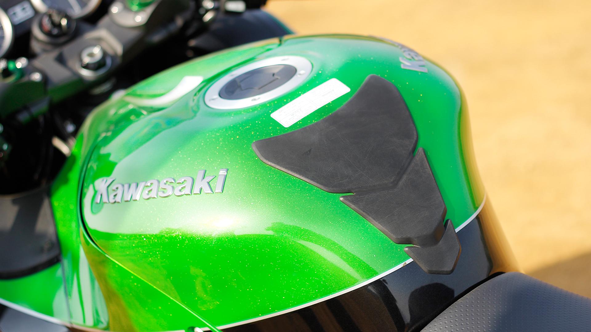 Kawasaki Ninja ZX-14R 2016 STD