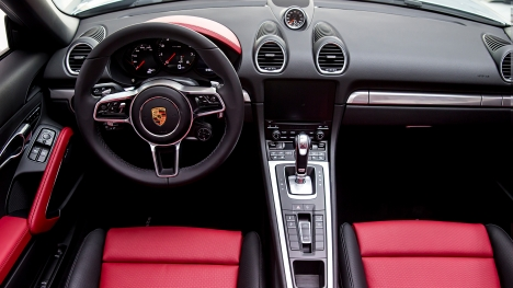 Porsche 718 2017 Cayman Interior