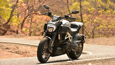 Ducati Diavel Carbon road test review - Overdrive