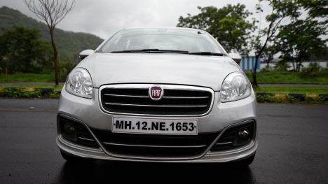 Fiat Linea 125 S 2016 T-Jet Emotion Comparo