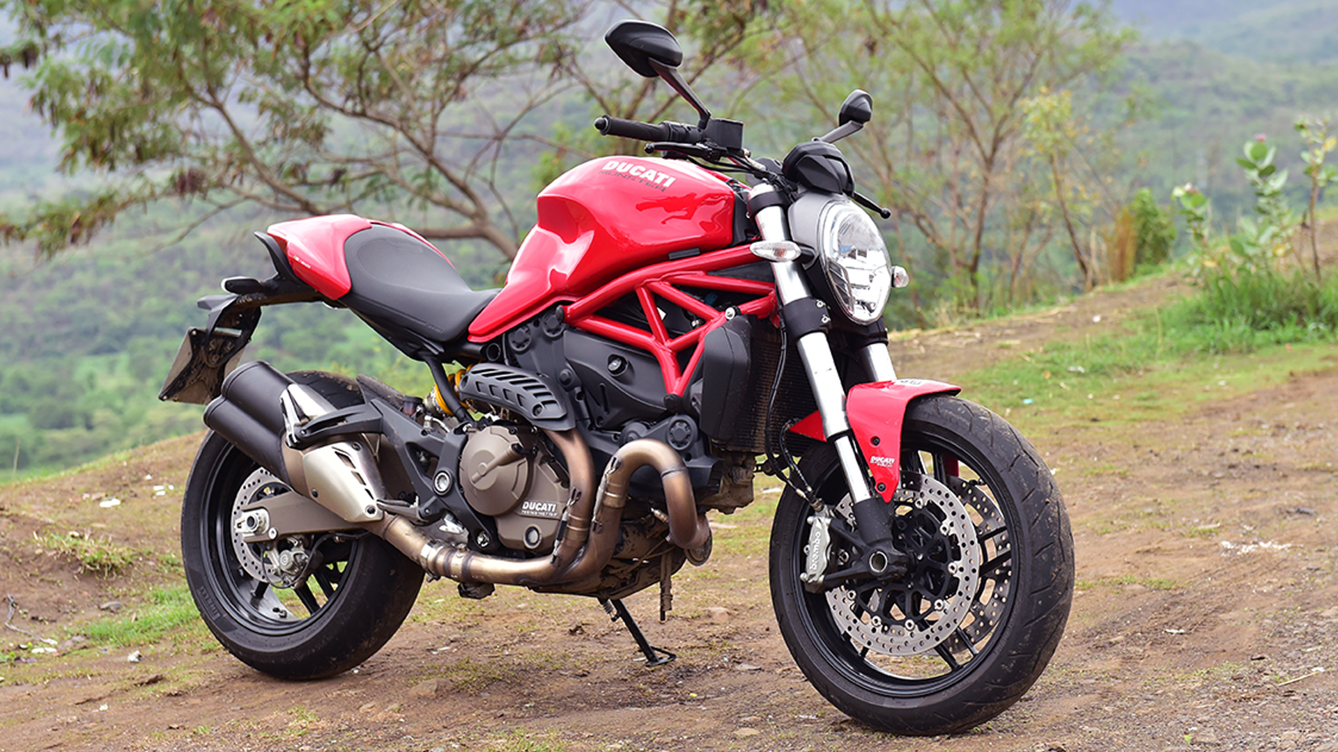 Ducati Monster 821 2015 Dark Price Mileage Reviews