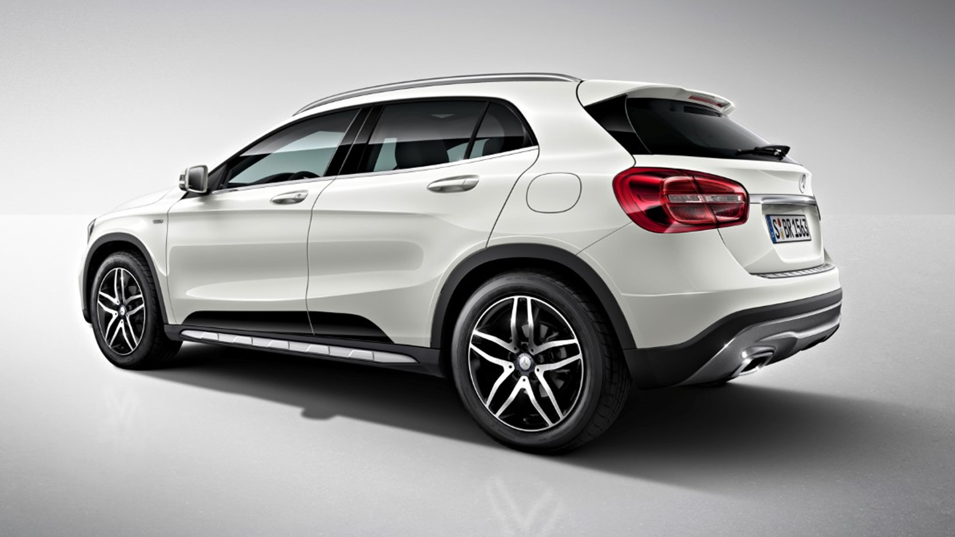 mercedes benz gla 2018 price mileage reviews specification gallery overdrive. Black Bedroom Furniture Sets. Home Design Ideas