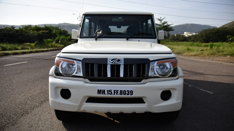 Mahindra Bolero 2016 Power+ ZLX Comparo