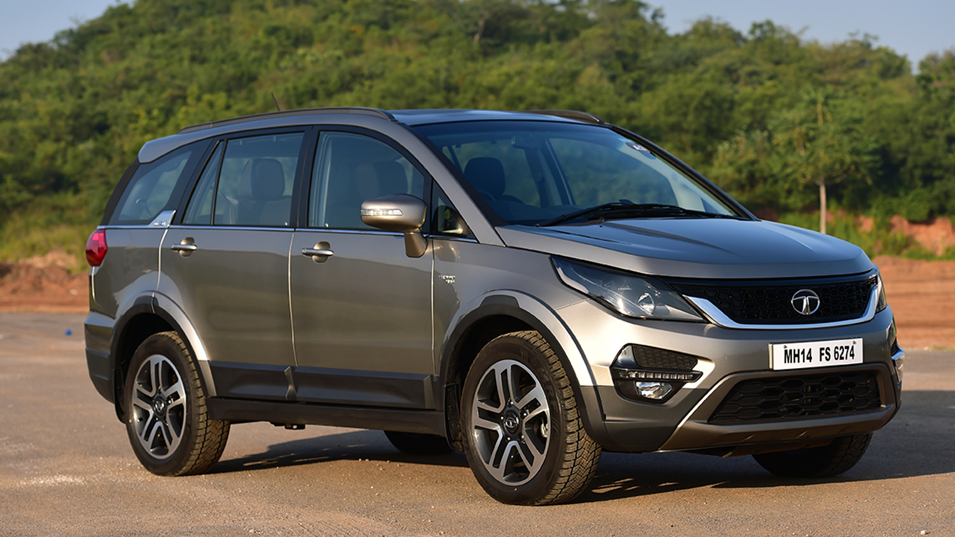 Tata Hexa 2017 Price Mileage Reviews Specification Gallery