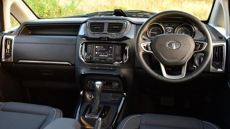 Tata Hexa 2017 XT MT 4X4  6 Seater Interior