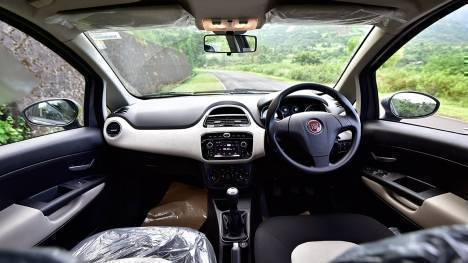 Fiat Avventura Urban Cross 2016 1.4 T-jet Petrol Emotion Interior