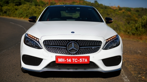 Mercedes-Benz C43 2017 AMG Comparo