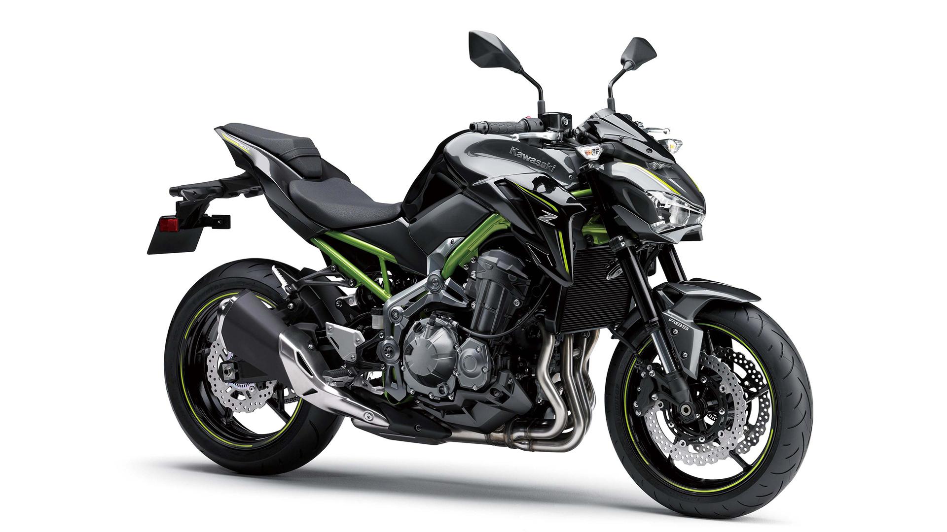 Kawasaki Z900 2017 STD