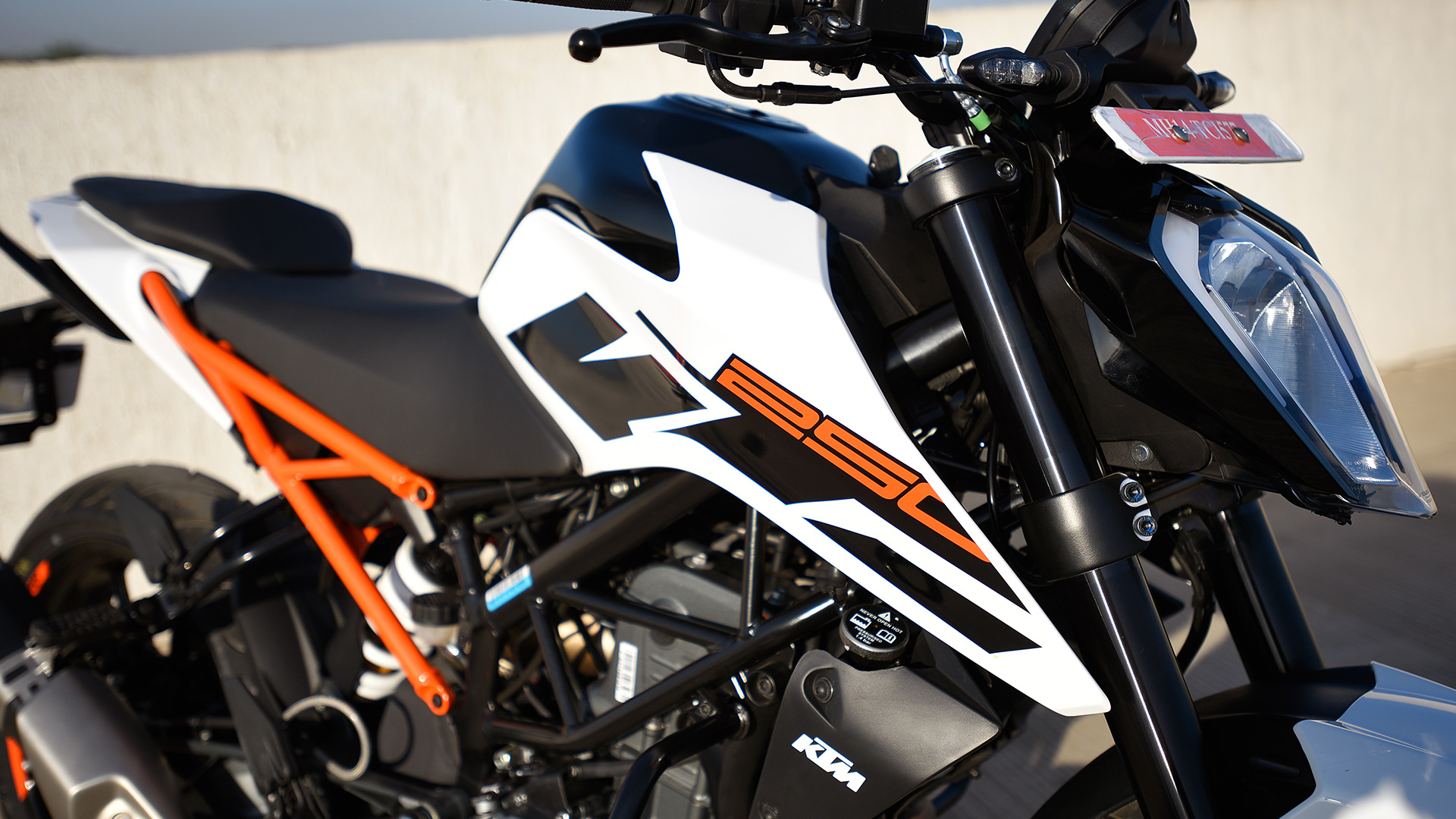 ktm 250 duke 2017 price mileage reviews specification gallery